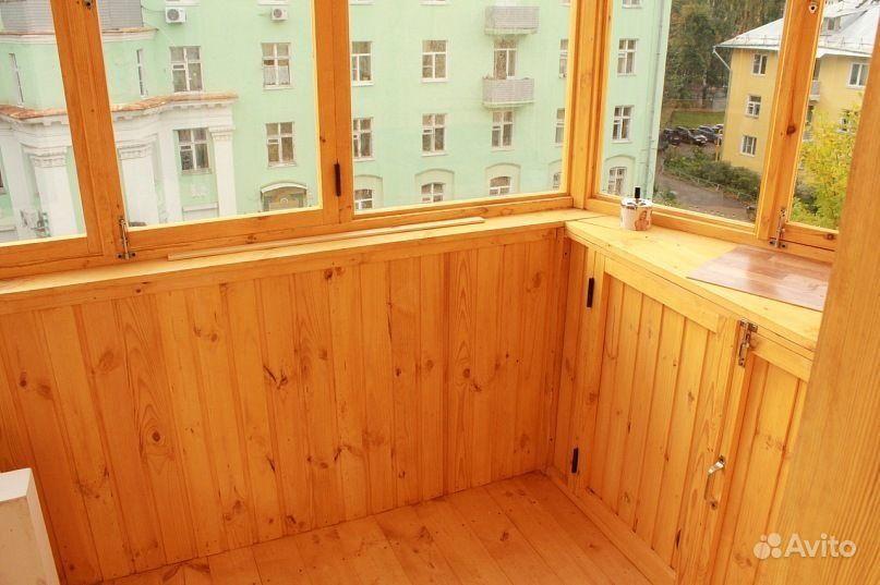 Остеклить балкон деревянными рамами.