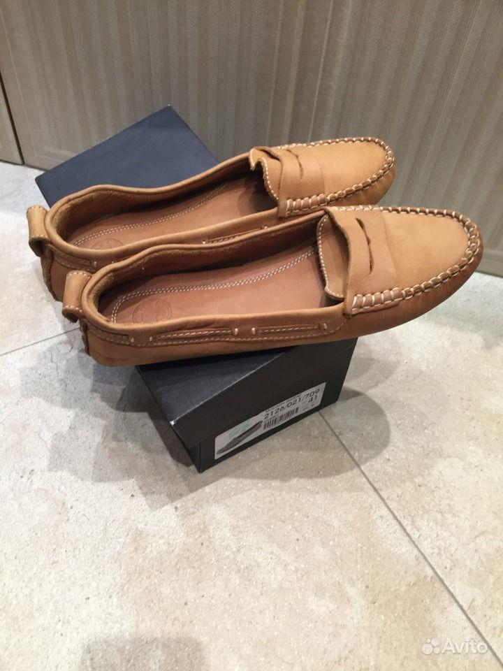 Лаковые туфли на каблуке купить