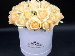 101 красная роза Премиум. Цветы. Пионы
