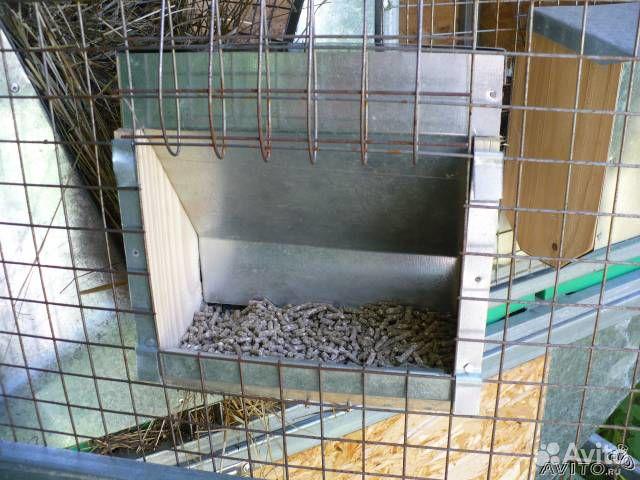 Поилки кормушки для кроликов и птицы