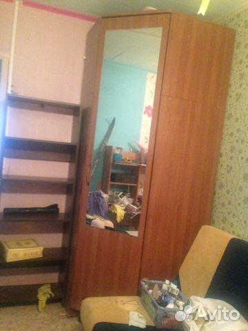 Платяной шкаф 2 000 р лакированый шкаф
