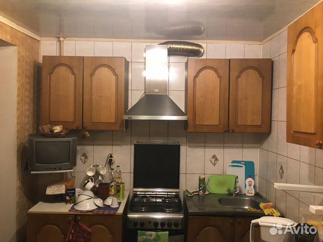 Продается двухкомнатная квартира за 1 240 000 рублей. г Саратов, ул Каспийская, д 11.