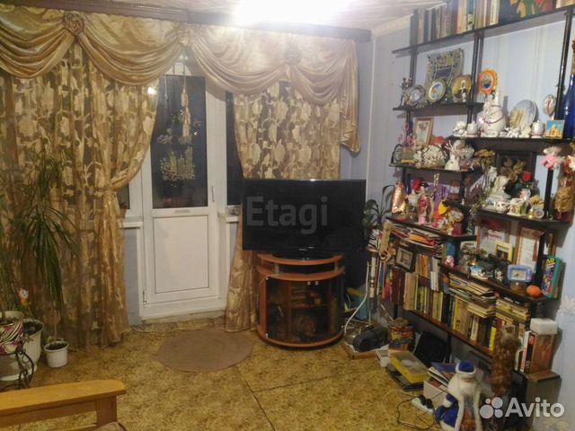 Продается двухкомнатная квартира за 2 350 000 рублей. Кутузова, 20.