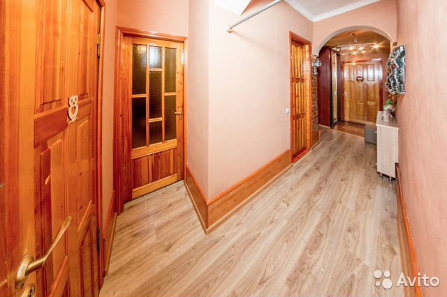 Продается трехкомнатная квартира за 5 569 900 рублей. Петрозаводск, Республика Карелия, проспект Ленина, 38.