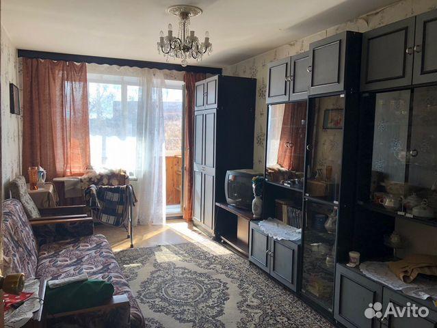 Продается трехкомнатная квартира за 3 700 000 рублей. Ленинградская обл, г Луга, пр-кт Володарского, д 36.