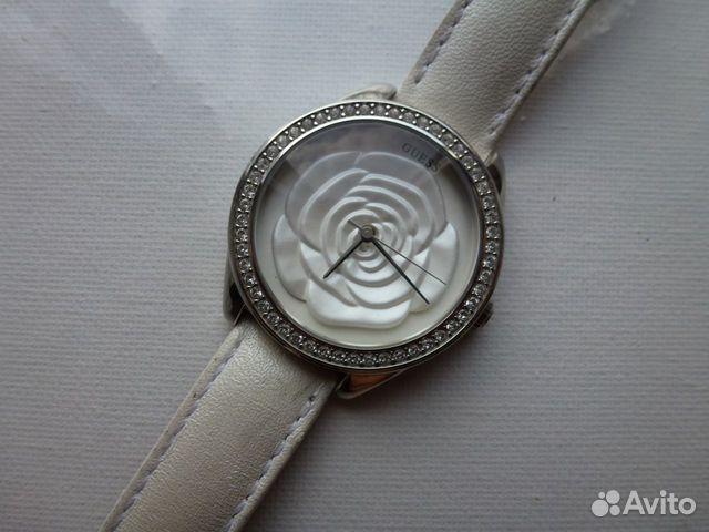 Наручные женские часы Guess купить в Москве на Avito — Объявления на ... 177e73b58bf46