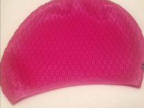 Новая резиновая шапочка для купания в бассейне