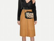 Fashion-стилист, Контент менеджер по одежде