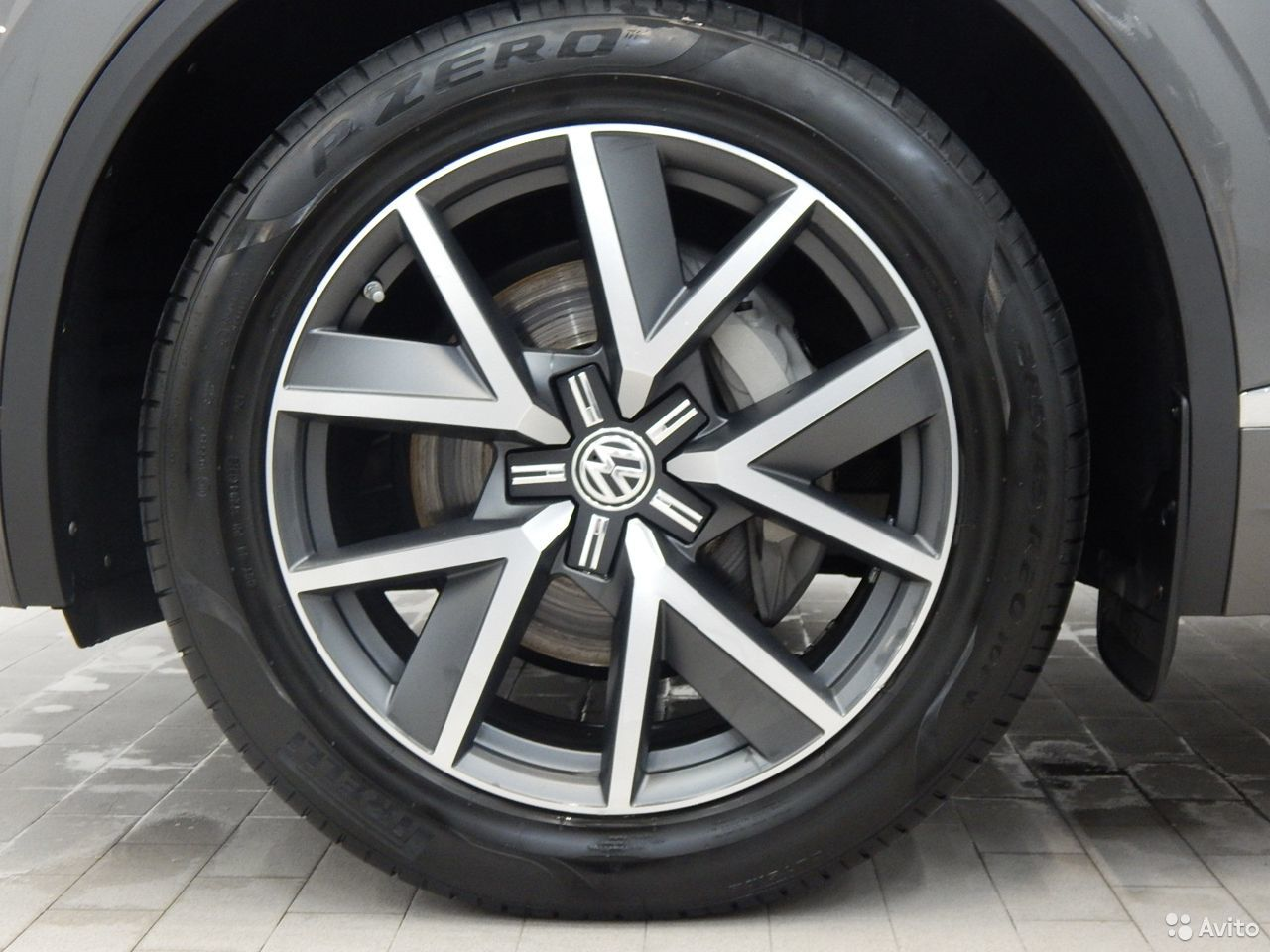 Volkswagen Touareg, 2018  88129219908 купить 6