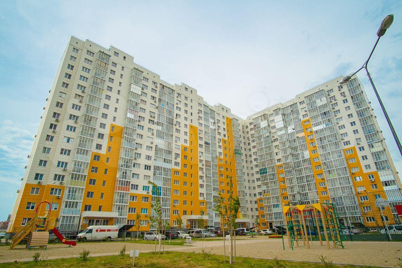 2-к квартира, 61.5 м², 1/16 эт.  88613255629 купить 8